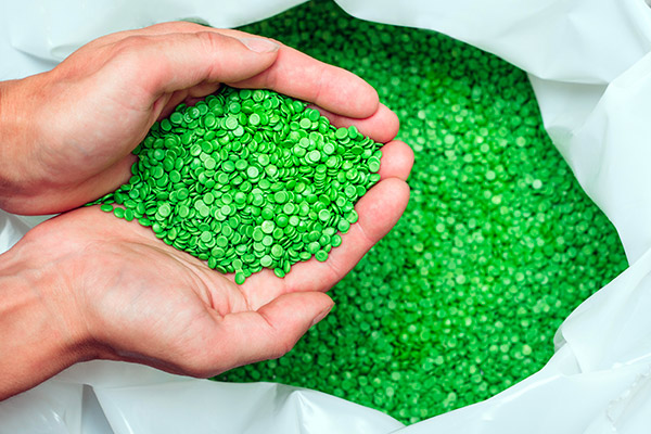The company's new environmental policy makes Plastiques Gagnon the most eco-friendly company in the plastics industry in Canada.