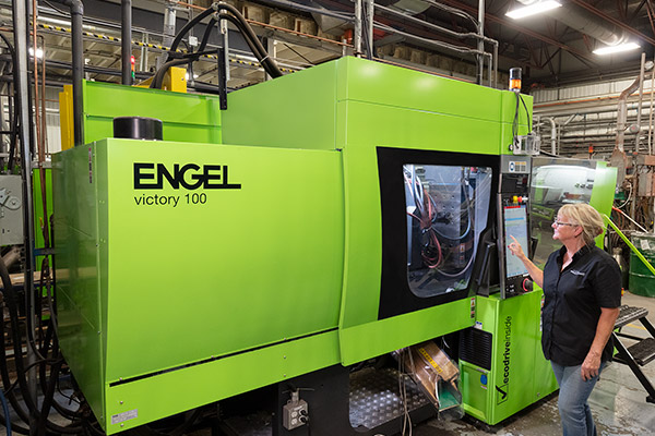 Its 53 presses ranging from 20 T to 700 T, in operation 24/7, make Plastiques Gagnon the largest injection molder in Quebec for small- and medium-sized parts.